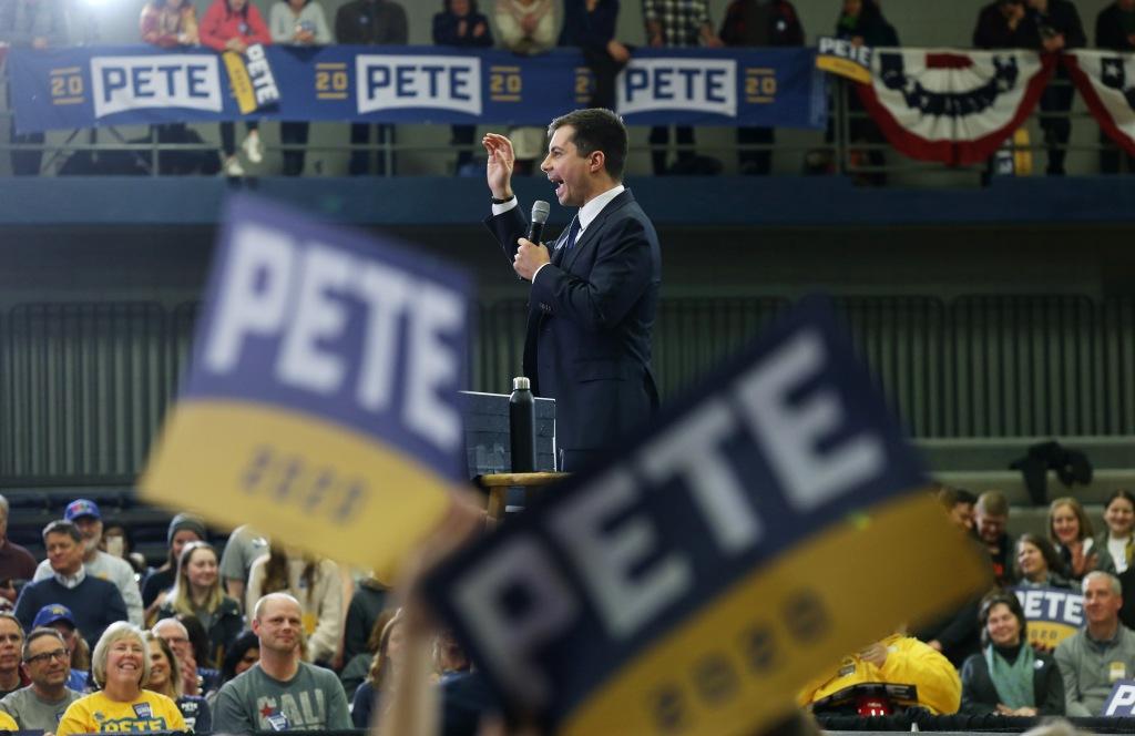 ct-Iowa-caucuses-campaign-2020-0131